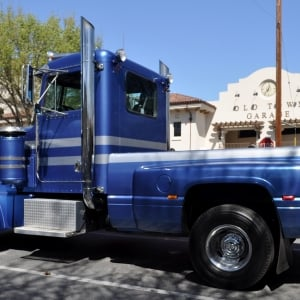 kenworth pickup truck conversion - HD 1600×948
